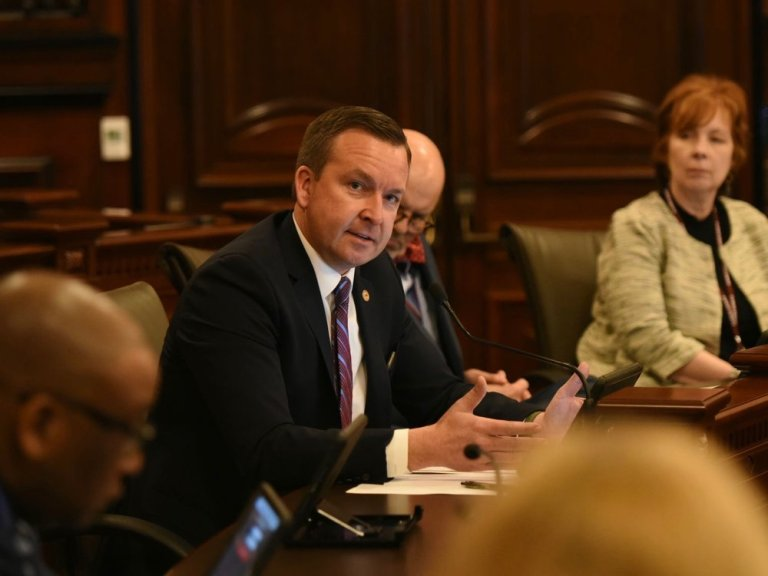 State Sen. Andy Manar is pushing an increase in the minimum teacher salary after a similar bill was vetoed by Gov. Rauner last year. (Sen. Andy Manar)
