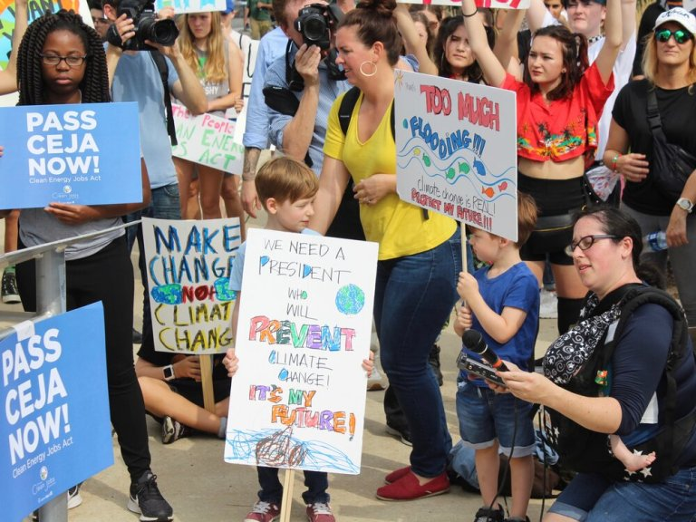 If it wasn't quite like this pre-COVID Illinois Youth Climate Movement march in Chicago last year, lobbyists nonetheless pressed their case for the Clean Energy Jobs Act Thursday by hitting up legislators online. (One Illinois/Ted Cox)