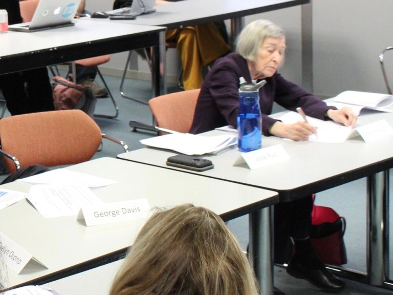 Former Illinois House Majority Leader Barbara Flynn Currie works at a preschool commission meeting at the Thompson Center in Chicago last January. (One Illinois/Ted Cox)